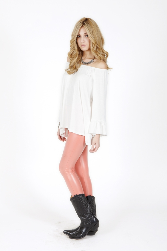2tee Couture Faux-leather Coral Leggings